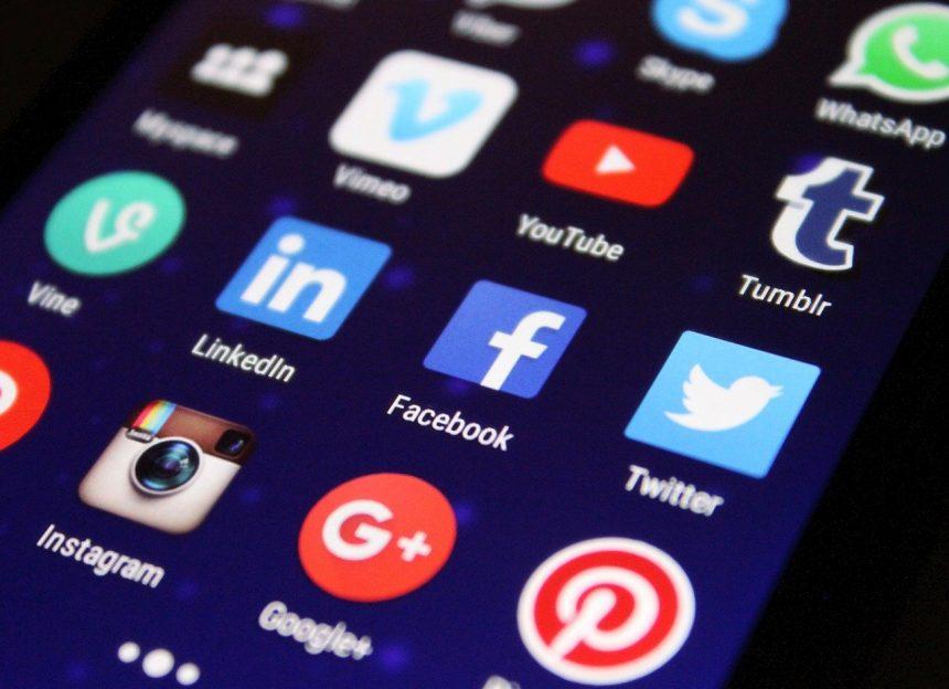 Comment les réseaux sociaux détruisent votre couple?